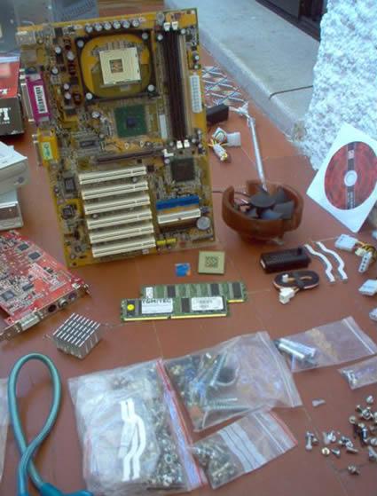 Como montar um PC…Tintim por tintim Imagem_montar_pc03_small