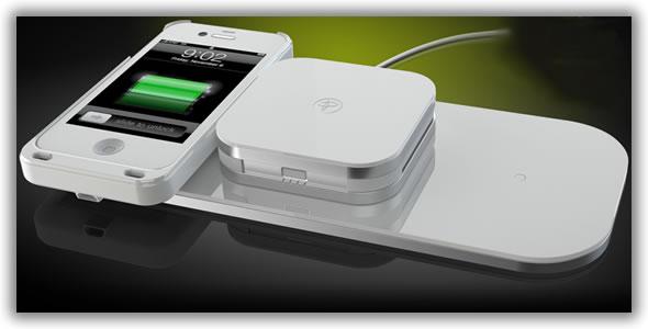 5a561c2a77 A Duracell não desistiu do conceito dos Powermats e recentemente anunciou  avanços na tecnologia. Através de uma pequena adaptação nos telemóveis