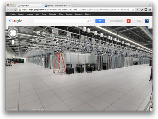 Navegue nos data centers da Google com o Street View