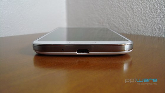 s4review_10_560