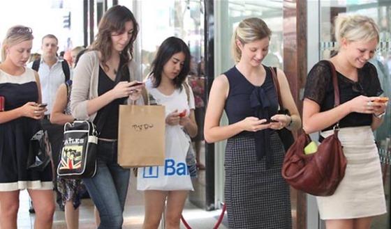 smartphone messaging