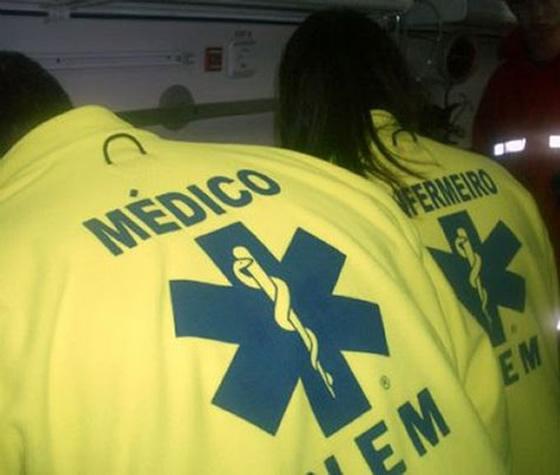 Viatura médica em assistência a um pedido de ajuda