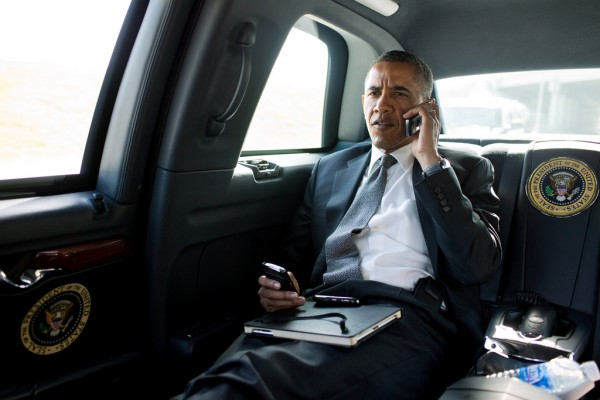 barack_obama_blackberry_android_tech2