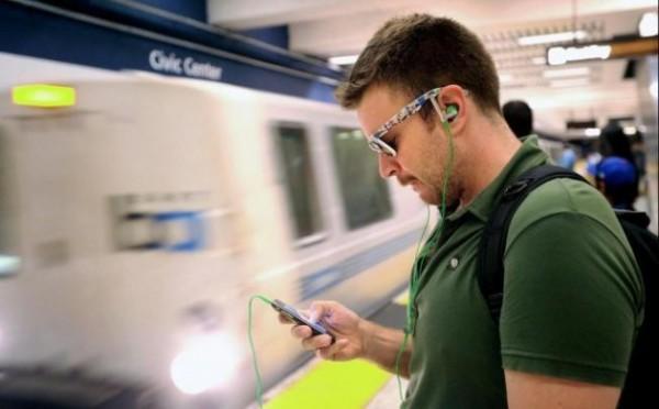 smartphone_train-630x391