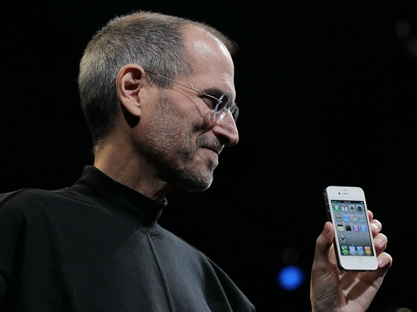 us-patent-office-says-the-steve-jobs-patent-for-iphones-and-ipads-is-invalid (1)