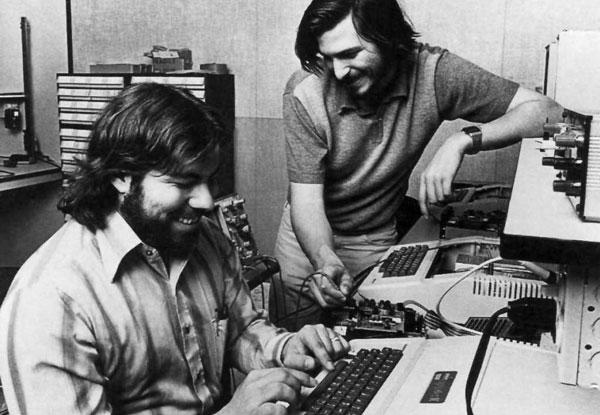 1976-Apple-is-founded-steve-jobs-steve-wozniak