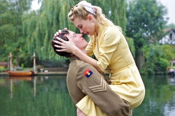 Tardes de Cinema - Queen and Country