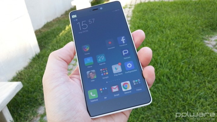 Xiaomi Mi 4i  - Ergonomia