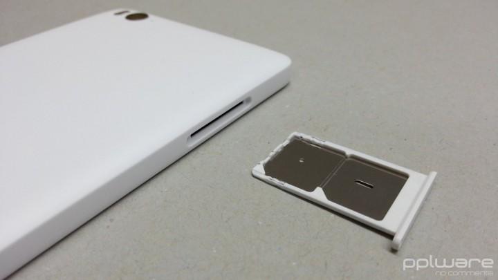 Xiaomi Mi 4i  - Slot para cartão SIM