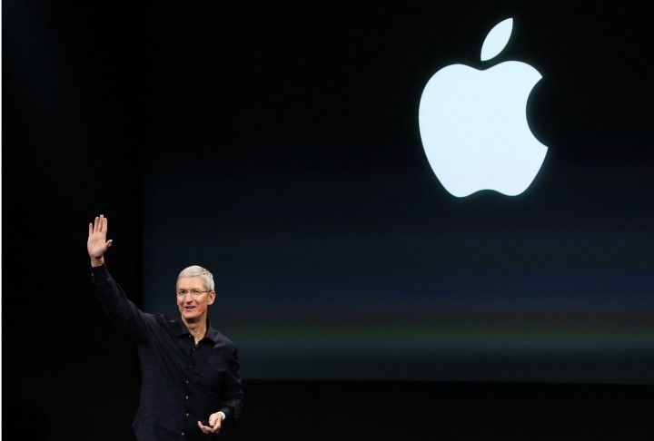 Tim Cook Apple iPhone serviços 2019