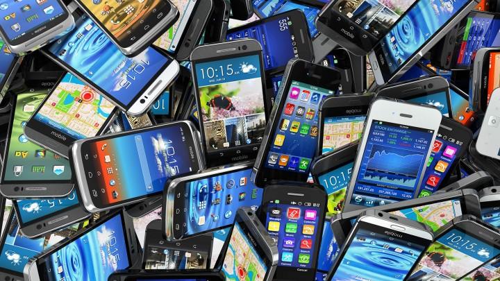 Qual a melhor dimensão de ecrã num smartphone