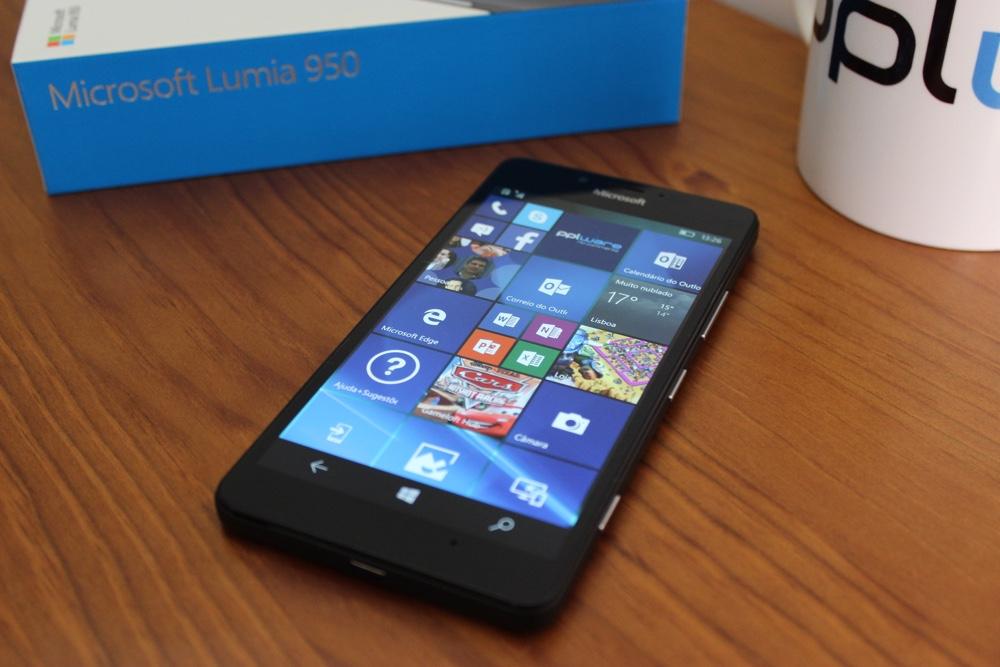 10b269804d4bf Os smartphones Lumia e o Windows Mobile não estão, por norma, no topo das  preferências dos consumidores, que optam por dispositivos mais conhecidos e  com ...