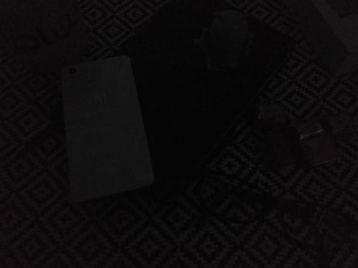 Xiaomi Redmi 3_foto1_no escuro