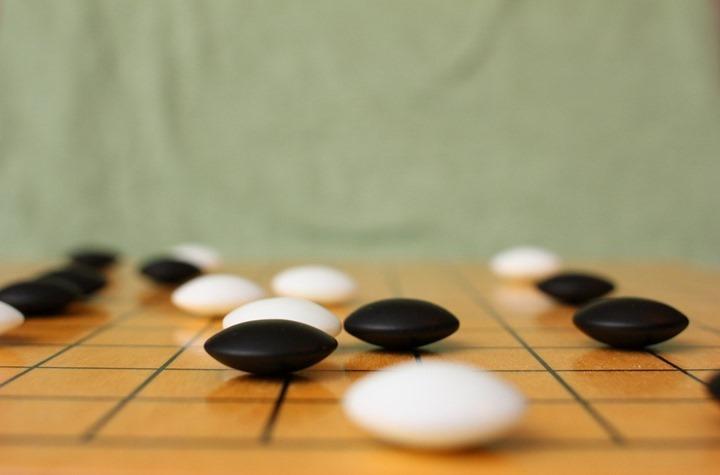 AlphaGo: O sistema que derrotou o campeão chinês em Go