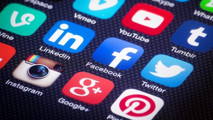 Qual a rede social que mais utilizam