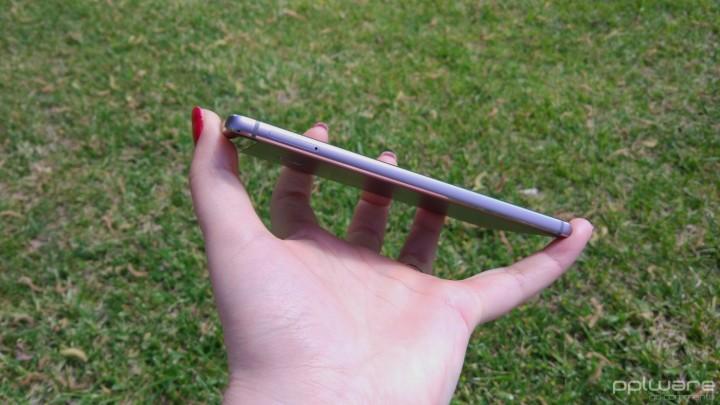 Huawei P9 - Slot para cartões SIM e microSD