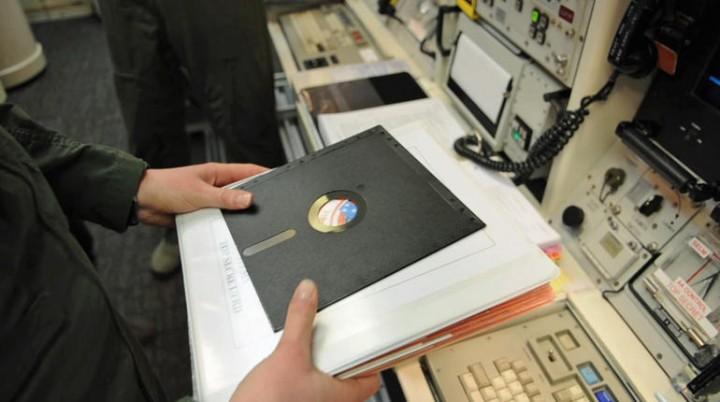 EUA: Mísseis Nucleares controlados por computadores de 1970