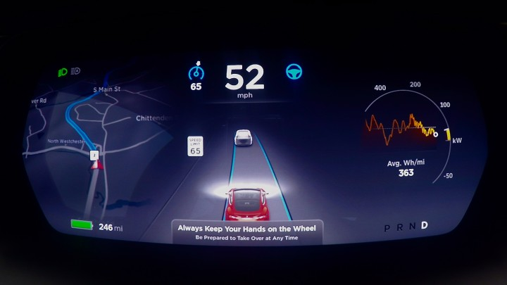 pplware_Tesla-Autopilot00
