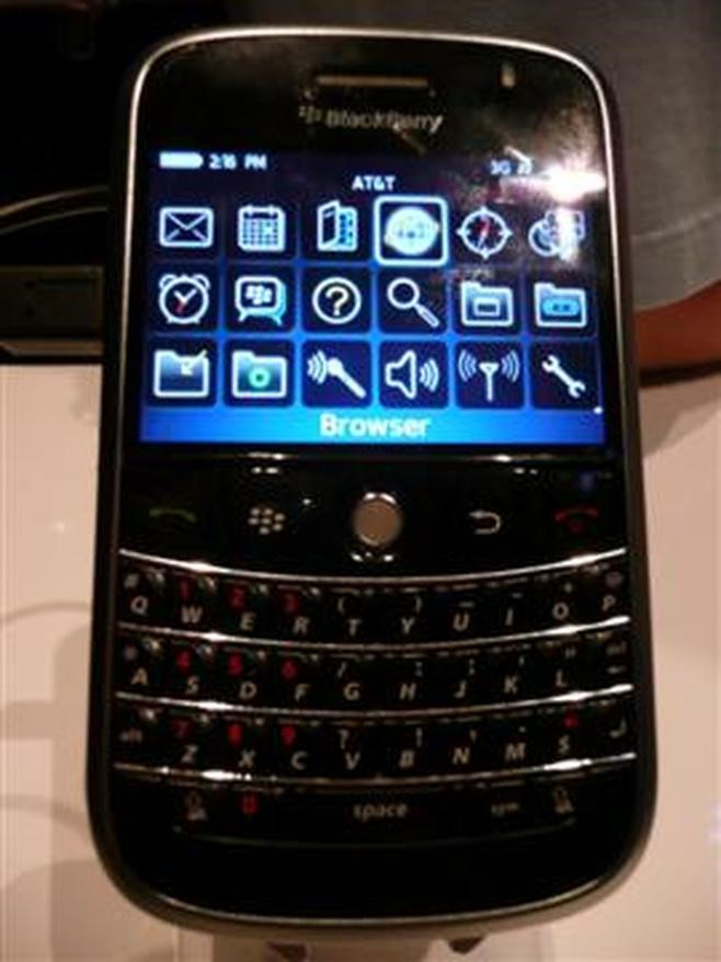 BlackBerry Bold 9000 (2008)