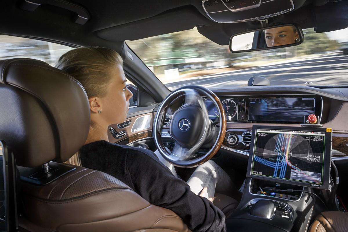 É a corrida aos carros autónomos — Intel compra Mobileye