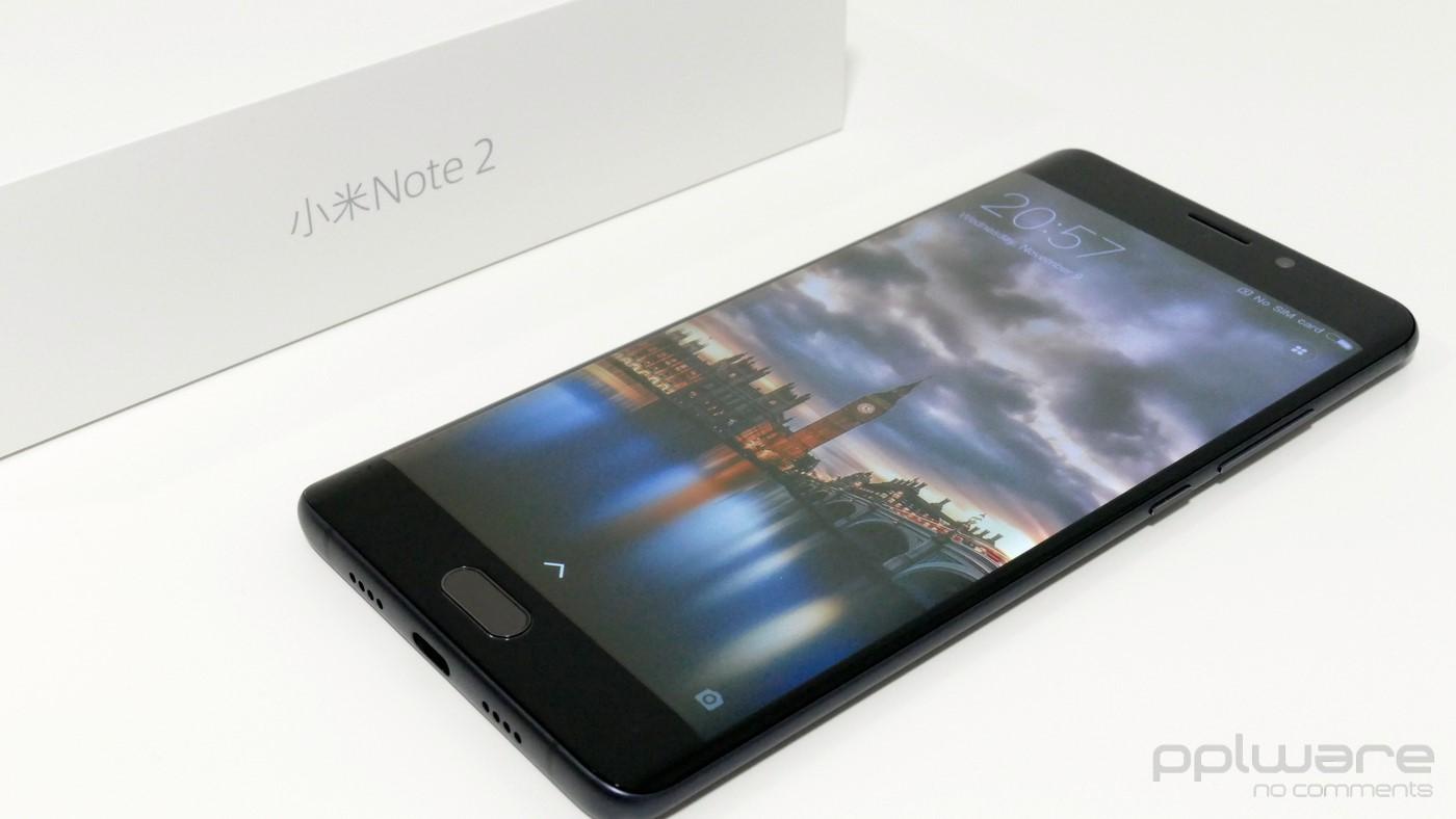 O Mi Note 2 é um smartphone dual-SIM LTE, totalmente em alumínio, e é o  primeiro smartphone da Xiaomi com um ecrã curvo nas duas extremidades  laterais. 5fca23ebb2