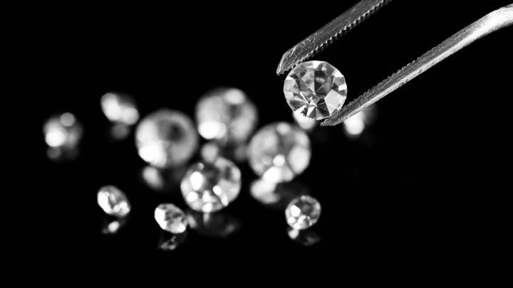 Baterias de diamante feitas de lixo nuclear duram 5 mil anos