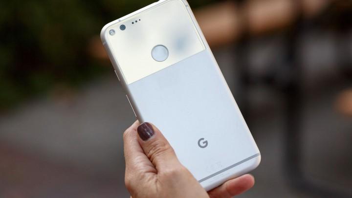Alguns dispositivos Google Pixel desligam-se com 30% de bateria