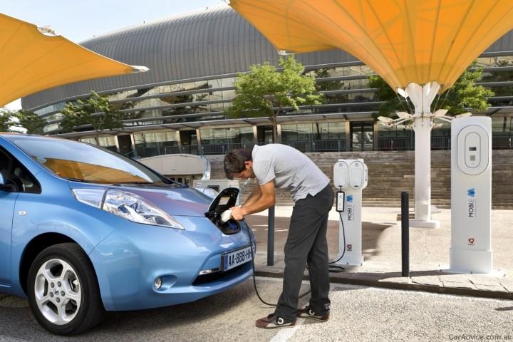 Custará até 3 euros carregar rápido o seu carro eléctrico nas cidades