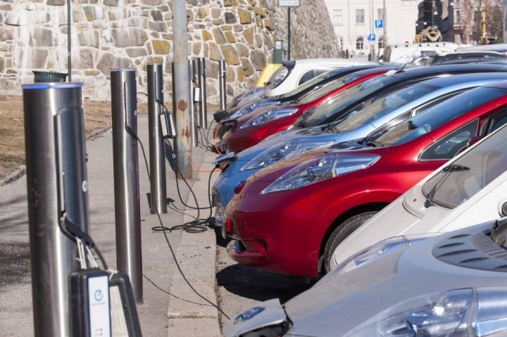 Noruega ultrapassa 100.000 carros 100% eléctricos vendidos