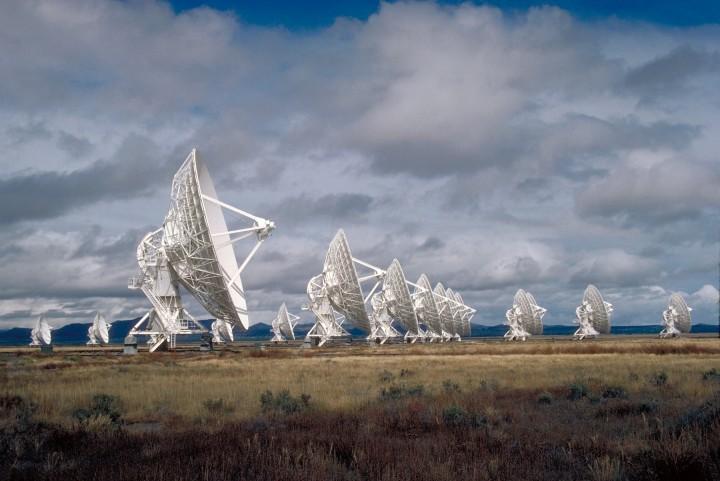 Very Large Array é um observatório de radioastronomia localizado na Planície de San Agustin, Socorro, Novo México