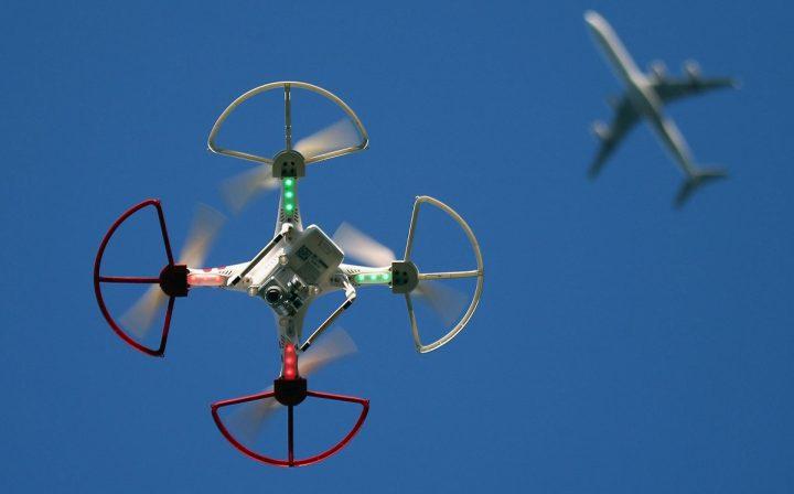 drone e aviao - pplware