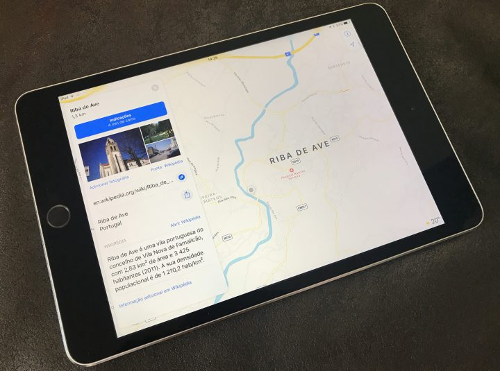 iPad mini com Mapas da Apple