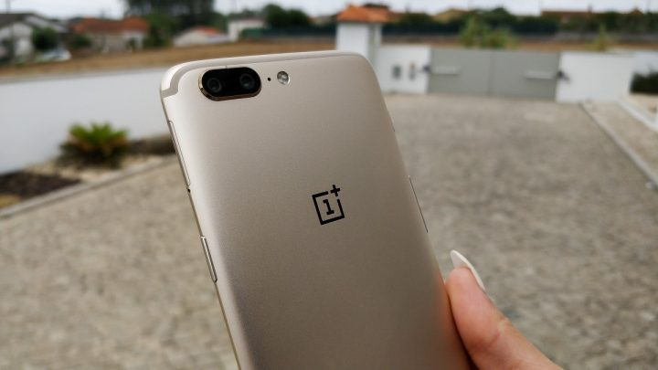 OnePlus 5 Soft Gold Edition - 03