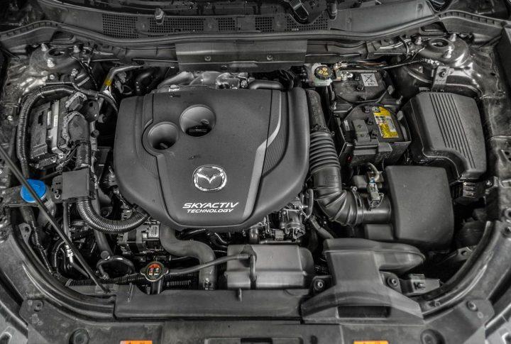Imagem motor Mazda Skyactiv-X