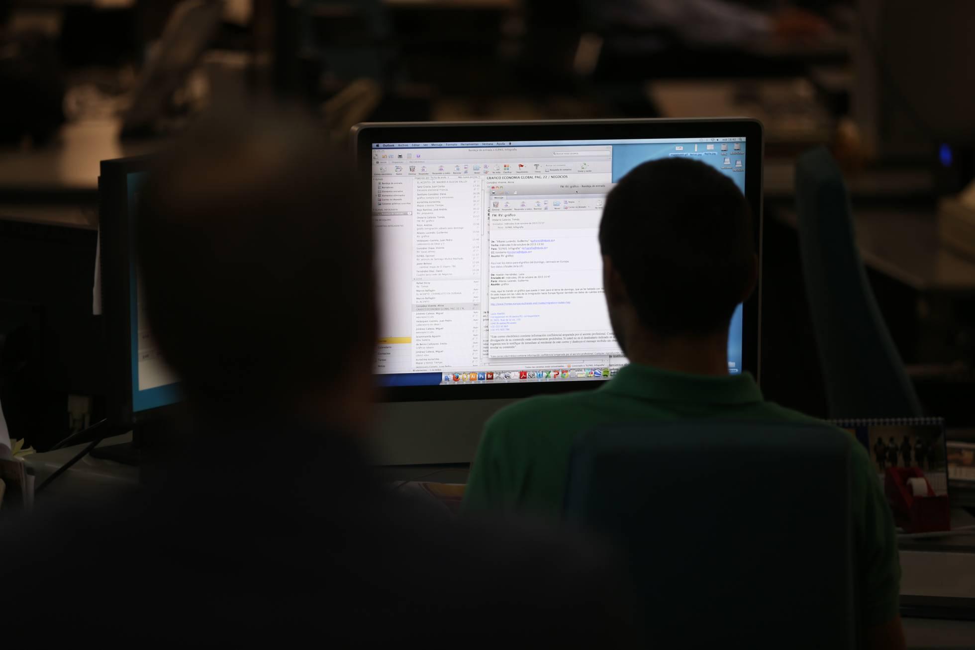 Empresas têm direito a ler conversas dos funcionários em horário de trabalho
