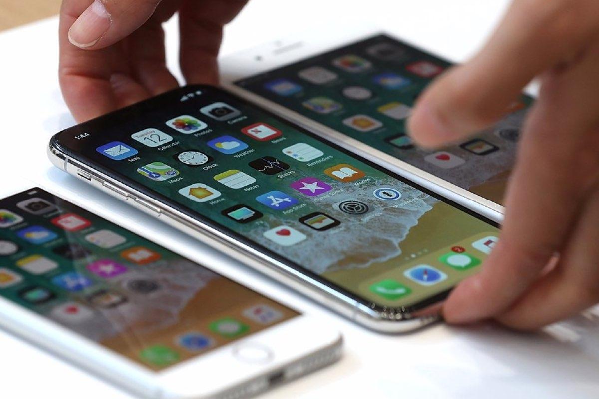 a0be9e5ee É indiscutível a qualidade que o iPhone X tem e toda a tecnologia que traz  consigo. O único problema apontado é mesmo o elevado preço que a Apple está  a ...
