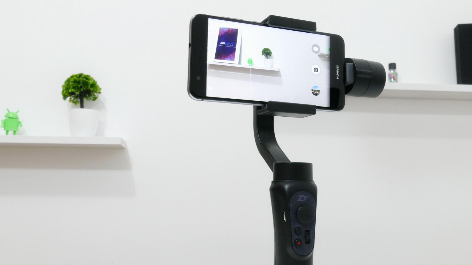 Anlise Zhiyun Smooth Q O Concorrente Do Dji Osmo Mobile Pplware Tech Smartphone Gimbal Dvida A Pioneira No Mercado Domstico Mas H Opes Quase To Eficazes Quanto Ele E Um Tero Preo Veja Ao