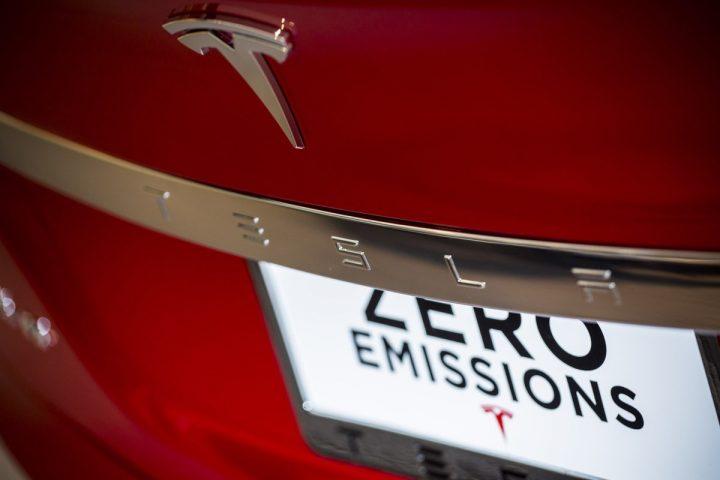 tesla emissões zero