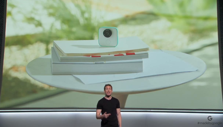 Uma câmara que fotografa… sozinha — Google Clips