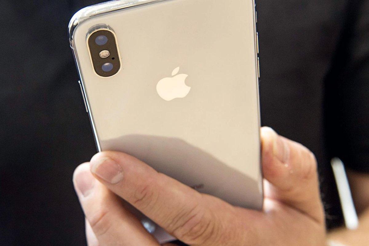 Apple continua com problemas de stock — IPhone X