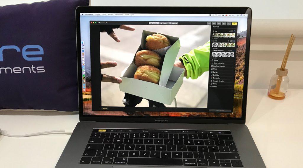Editar fotos na app Fotografias que existe no seu macOS