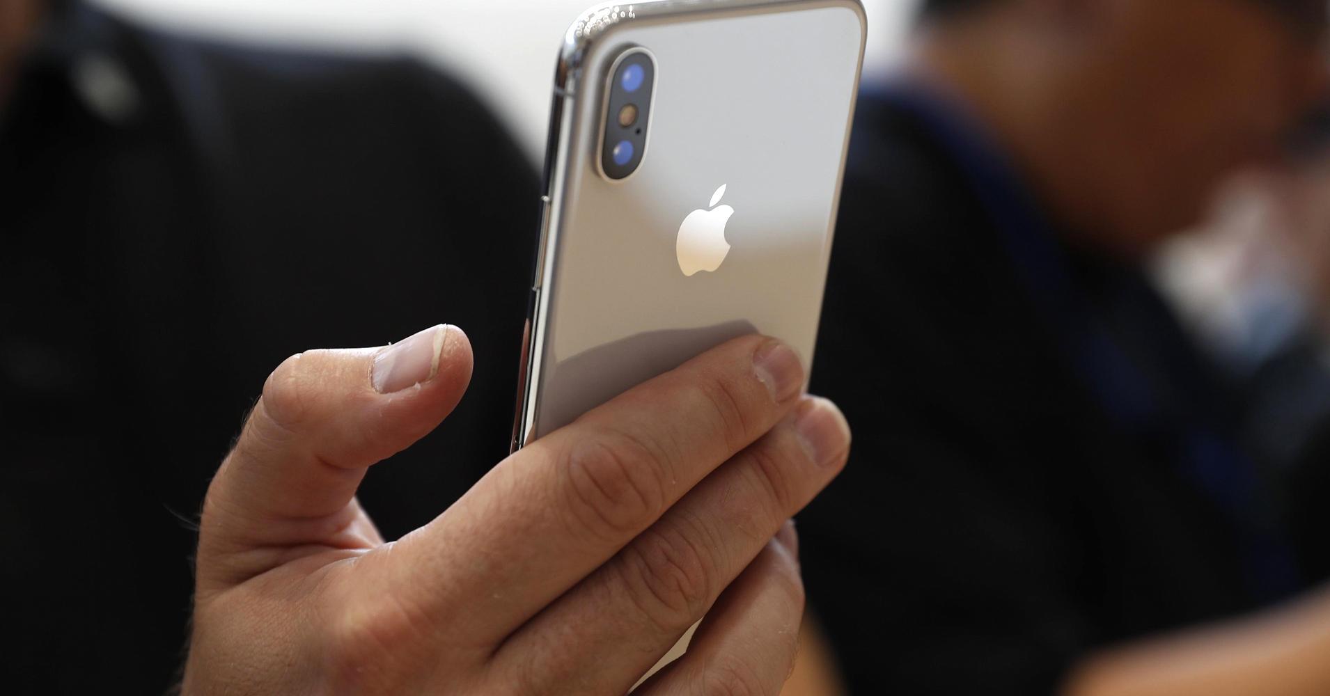 b28177b11b8 iPhone X - Primeiro envio limitado a apenas 46500 unidades. Só ...
