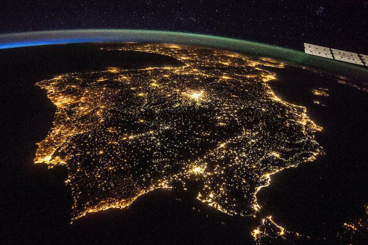 Estamos a ficar sem noite! A culpa é da iluminação LED c3047d4795