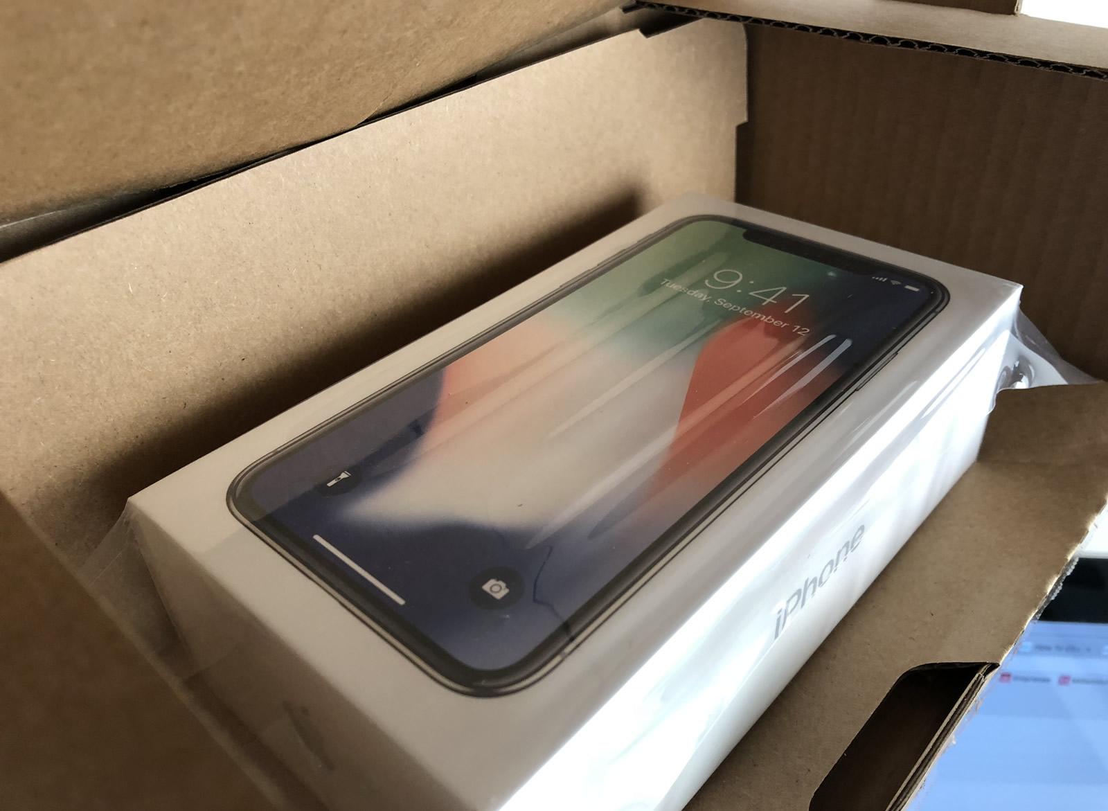Apple confirma trabalho ilegal de adolescentes em fábrica de iPhone X