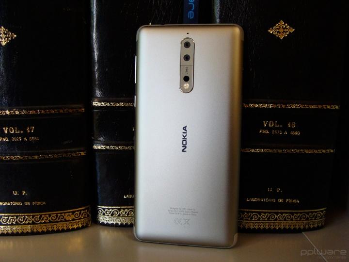 Nokia 8 - 02