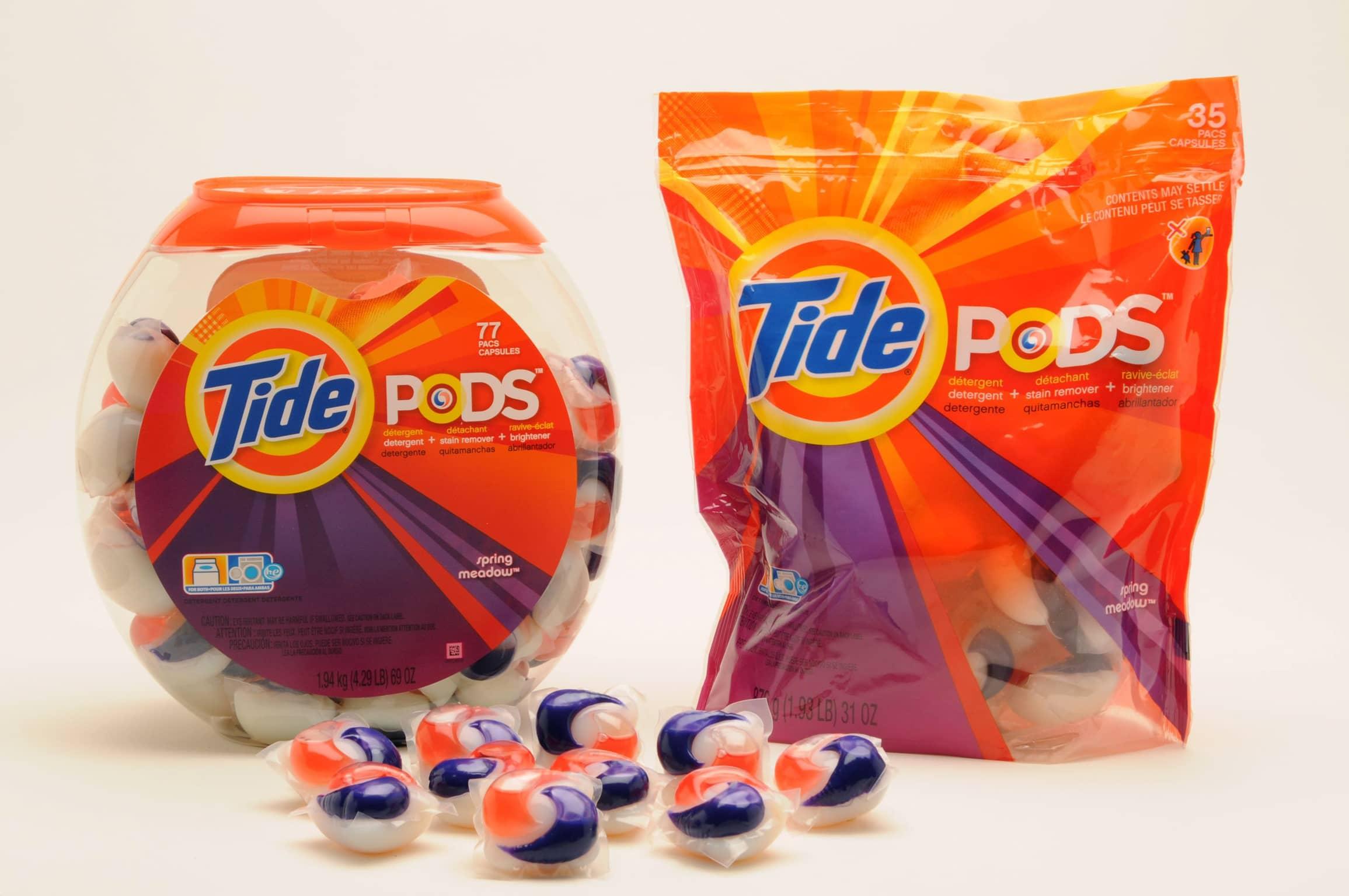 Jovens desafiados na net a comer cápsulas de detergente