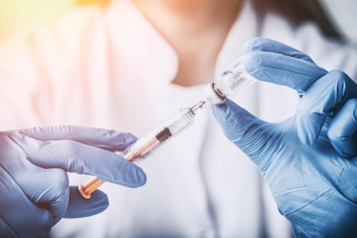 Facebook Google rede social vacinação