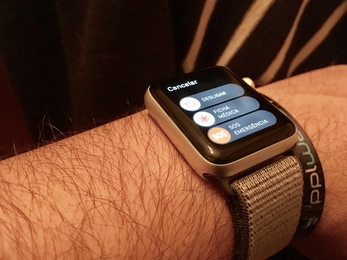 Apple Watch salvou mãe e filho num acidente de carro