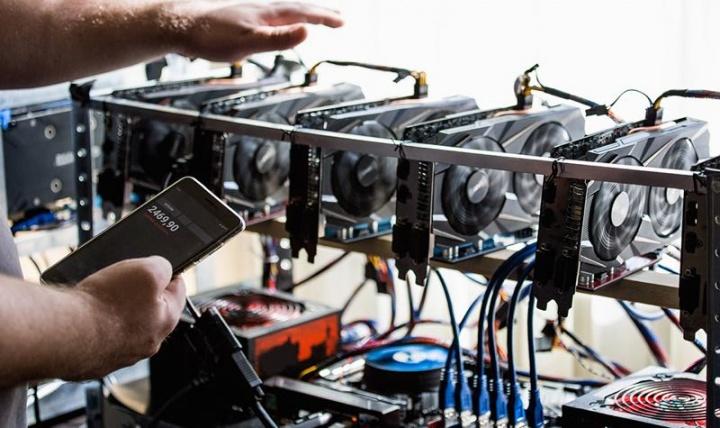 Bitcoin Operadores Mineração rig criptomoedas