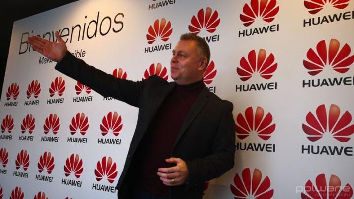 Huawei Mate 10 Pro RoadReader